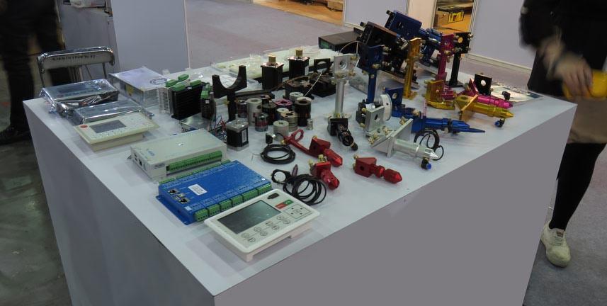 فروش قطعات یدکی لیزر به همکار و مشتری
